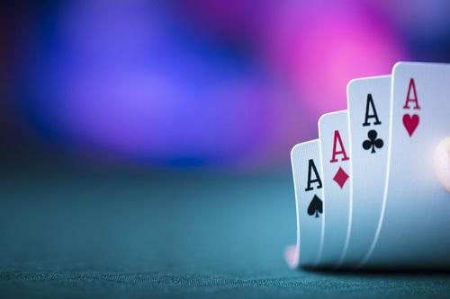 موارد لازم برای انجام بازی پوکر چیست؟