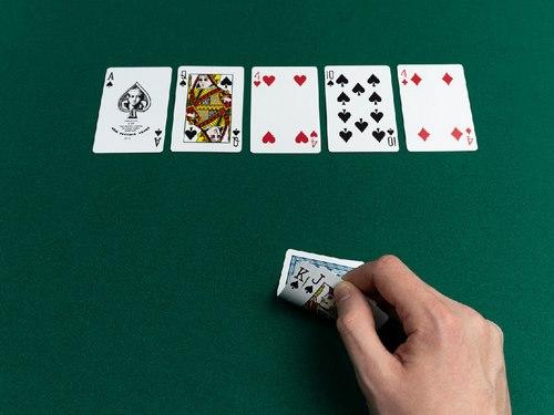 بهترین کارت ها برای شروع پوکر چیست؟