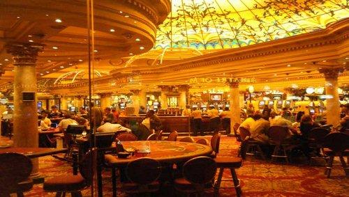 هتل winstar world casino از چه چیزهایی بهره مند است؟