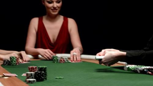 تشخیص قماربازان چگونه امکان پذیر است؟