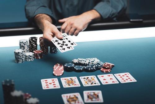 ویژگی شرط بندی در سایت بازی پوکر